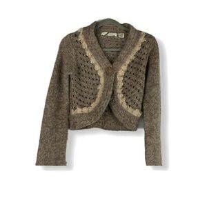 10/$50 ✨ Sleeping on Snow • Crochet Crop Cardigan
